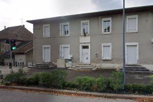 Ancienne école d'Apprieu - 63, route de Lyon